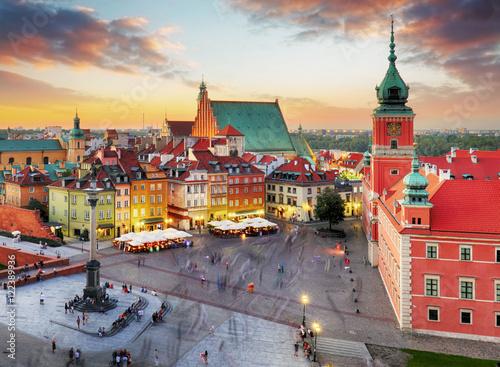 Zdjęcia na płótnie, fototapety na wymiar, obrazy na ścianę : Night panorama of Old Town in Warsaw, Poland