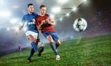 Zweikampf im Fußball - 122480948
