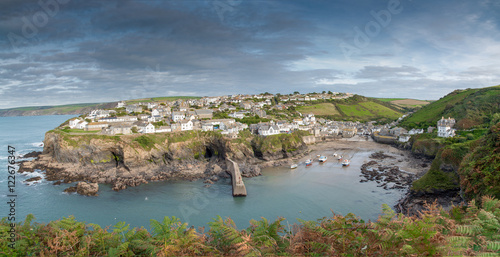 Poster Panoramic view of the picturesque fishing village Port Isaac in northern Cornwall