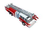 Camión de bomberos emergencia 3d aislado