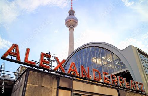 Foto op Plexiglas Berlijn Bahnhof Berlin Alexanderplatz