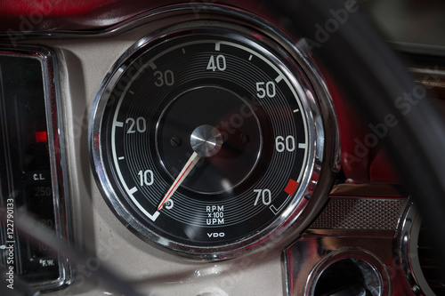 Poster Rev counter in classic car