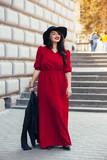 Street fashion, plus size model