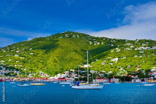 Leinwanddruck Bild Boats and ships in Saint Maarten port
