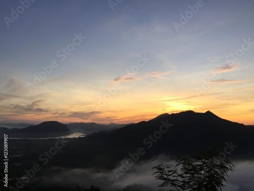 Poster sunrise in the fog