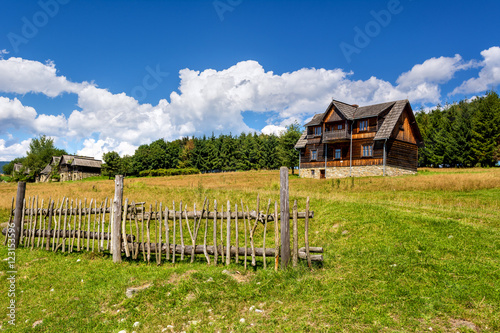 Valokuva Ethno museum in Kluszkowce village - a unique complex of historic wooden villas, highland huts and cottages rural farms near Czorsztyn lake