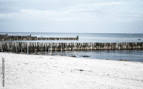 Buhnen in der Ostsee, Schleswig-Holstein  - 123255157
