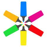 Icono plano marcadores fluorescentes varios colores en fondo blanco