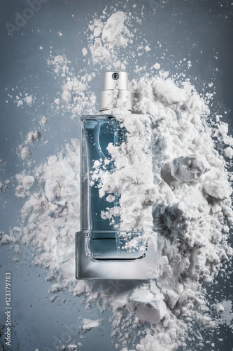Poster Contradiction perfume on abstract background