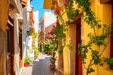 Piękna ulica w Chania, Crete wyspa, Grecja.