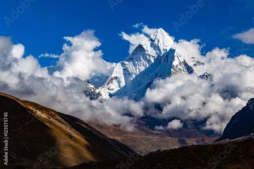 Himalaya Inspirational Landscape, Ama Dablam Mountain in Nepal плакат