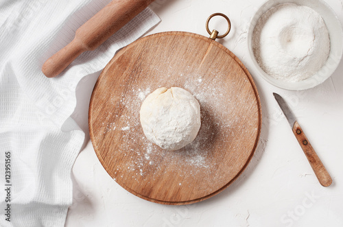 Poster Cooked ball of dough on the table