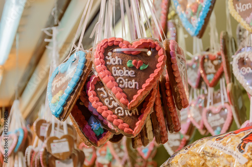 Gingerbread hearts at the Christmas market