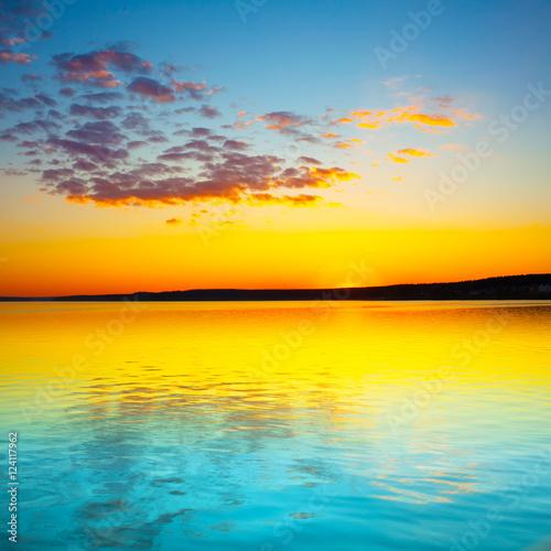 Billede Sunset over the river.