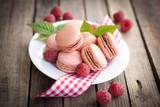 Macarons Himbeere