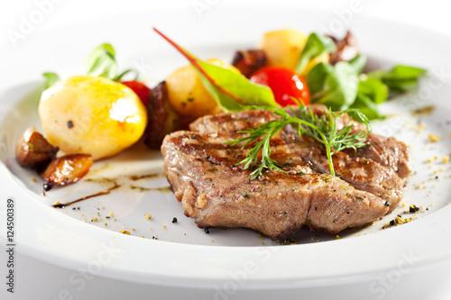 Deurstickers Klaar gerecht Pork with Vegetable Garnish