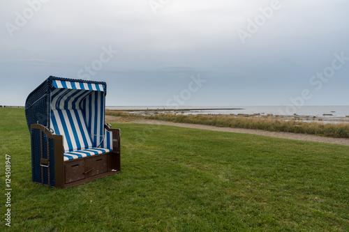 Papiers peints La Mer du Nord Strandkorb an der Nordsee