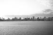 �京湾岸�ら見る高層ビル群