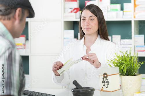 Staande foto Apotheek Ausbildung zur Apothekerin