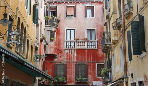 Poster Smal steegje Architecture à Venise Italie