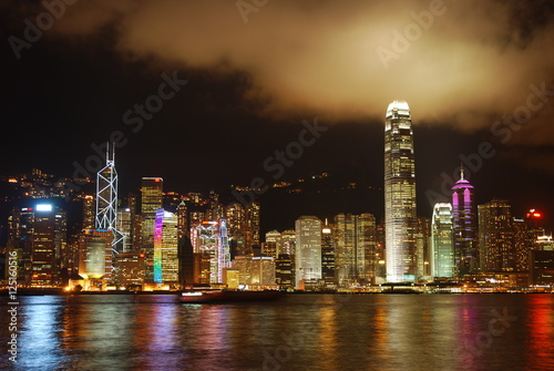 Poster, Tablou Hong Kong Skyline before the rain begins