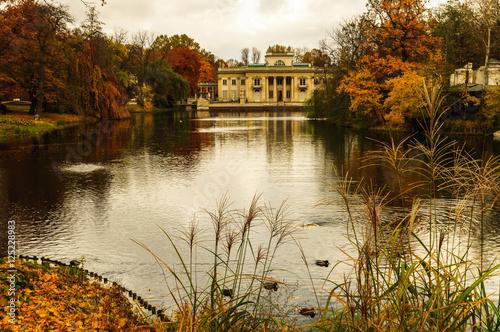 Obraz Autumn in Royal Lazienki in Warsaw