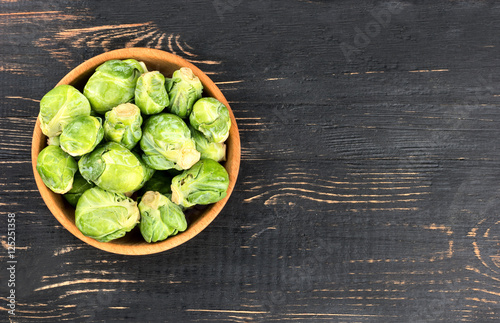 Papiers peints Bruxelles Brussels sprouts in bowl