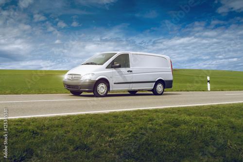 Transporter - 125345581