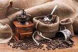 chicchi di caffè tostato e macinino - 125759999