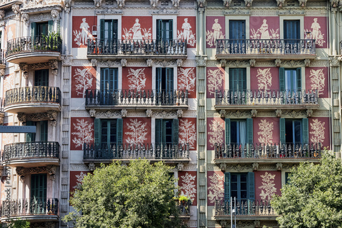 Barcelona (Spain): buildings