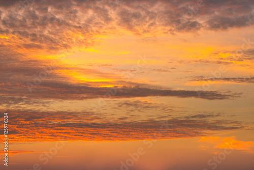 Poster Oranje eclat Fiery orange sunset sky. Beautiful sky.
