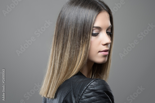 Poster Feminine gorgeous young woman profile with closed eyes.