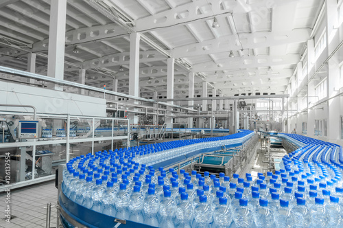 do produkcji plastikowych butelek i butelek w fabryce taśm przenośnikowych