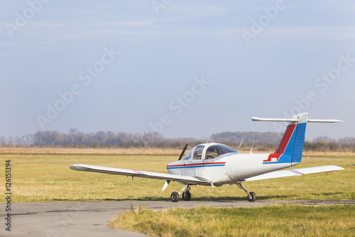 Juliste Single engine private lightweight aircraft .