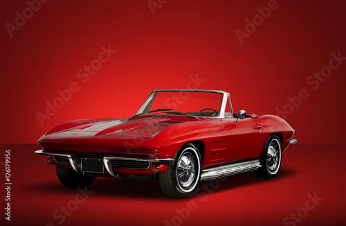 czerwone-cabrio,-czerwone-tlo,-plakat
