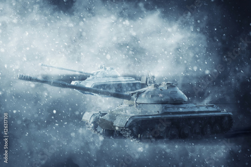dwa-czolgi-w-ruchu-w-burzy-snieznej