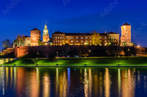 Aluminium Krakau A night view of Wawel castle located on bank of Vistula river in Krakow city, Poland.