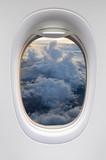 Wschód słońca niebo z okna samolotu