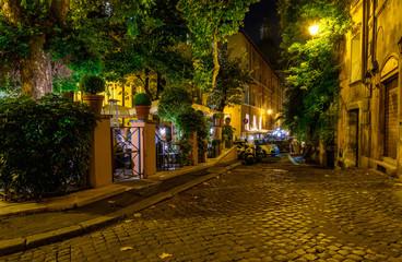 Fototapeta uliczka Rzym noc