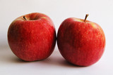 2 manzanas rojas
