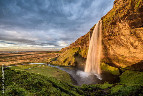 Keuken foto achterwand Noord Europa Seljalandsfoss Waterfall in Iceland at sunset.
