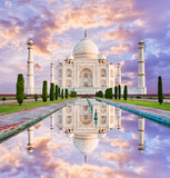 Fototapety Amazing view on the Taj Mahal in sunset light, 