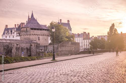 Coucher de soleil sur le château des Ducs Poster