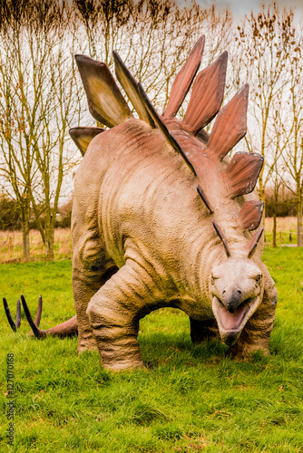 park-dinozaurow-z-modelami