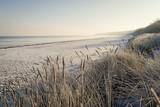 Ostsee Strand im Winter - 127212744