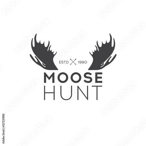 Fotobehang Hipster Hert Retro Vintage Insignia or Logotype Vector design element, business sign template. Deer hunting. Hunting for elk. Moose hunting.