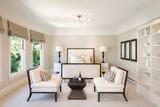 Amazing elegant Bedroom with champagne decoration. - 127252912
