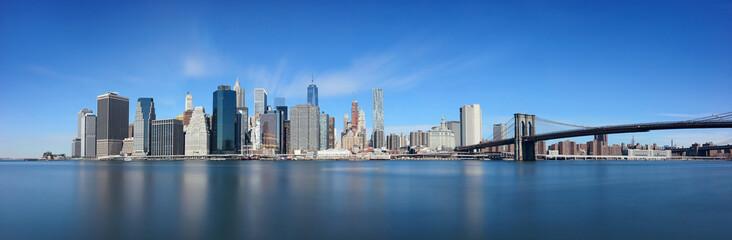 Brooklyn Bridge and downtown Manhattan © rabbit75_fot