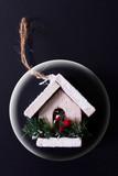 Casetta di Natale in sfera