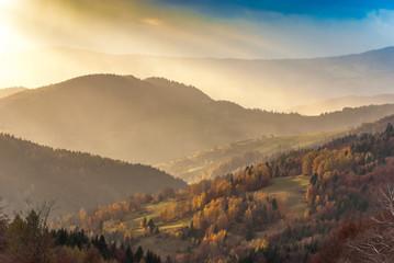 Zachód słońca z Bacówki nad Wierchomlą,Beskid  Sądecki,małopolska.